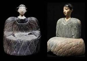 زنان  باختری  از  سنگ